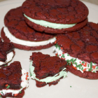 Recipe Thursday | Red Velvet Oreos